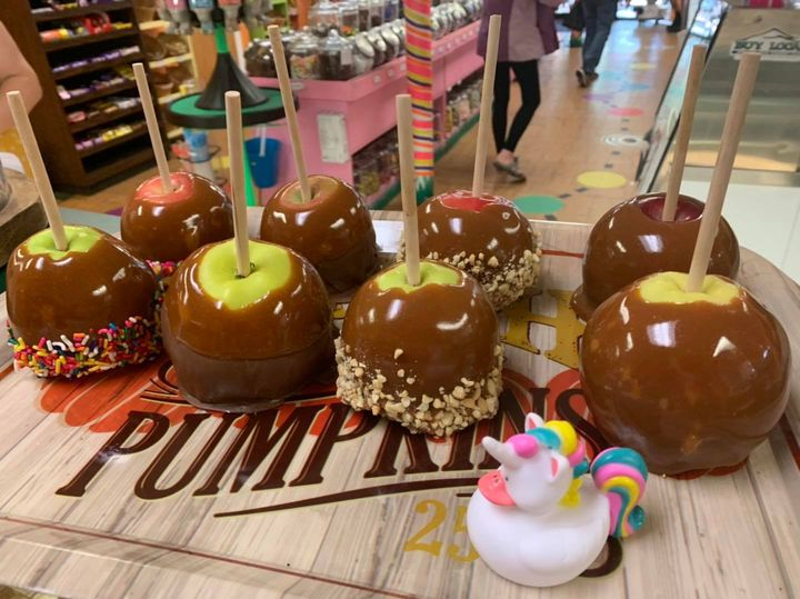 Candy apples at Life is Sweet candy shop