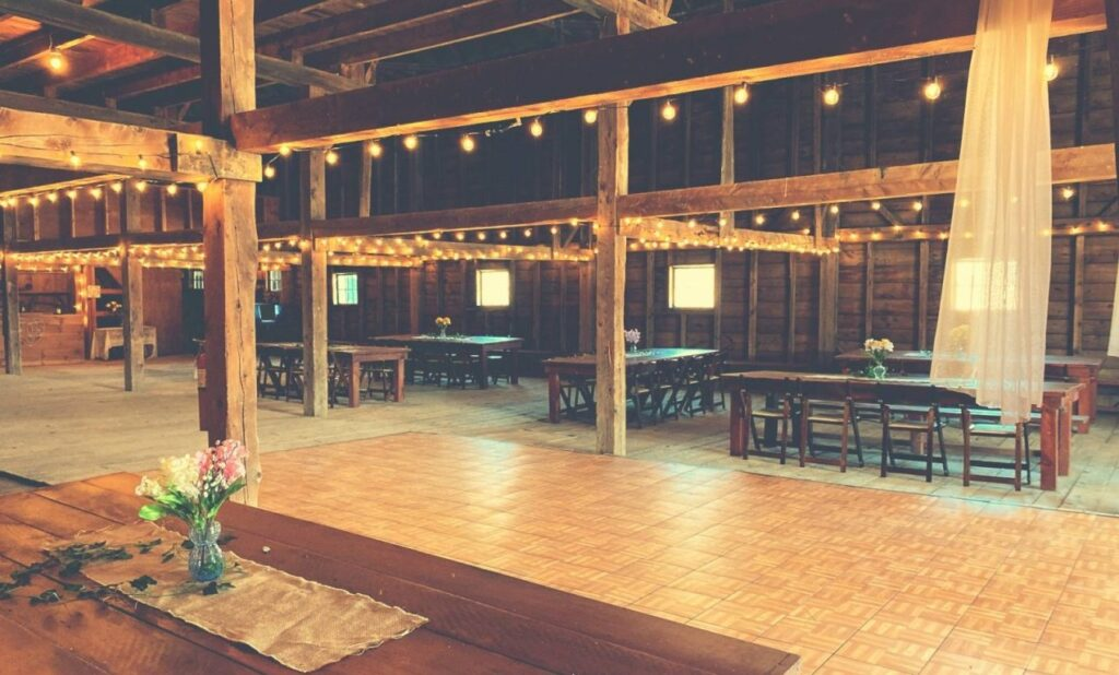 Stepping Stones rustic barn for weddings